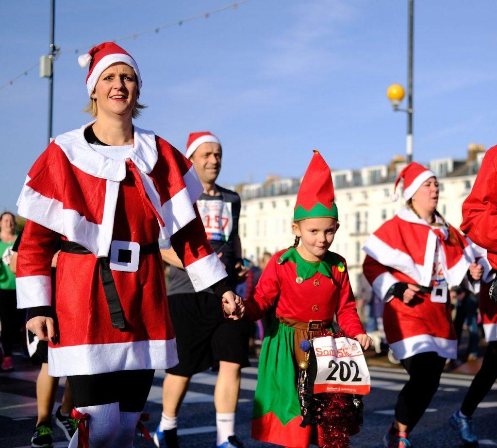 Santa run. Image by Brian Bracher from Pixabay.